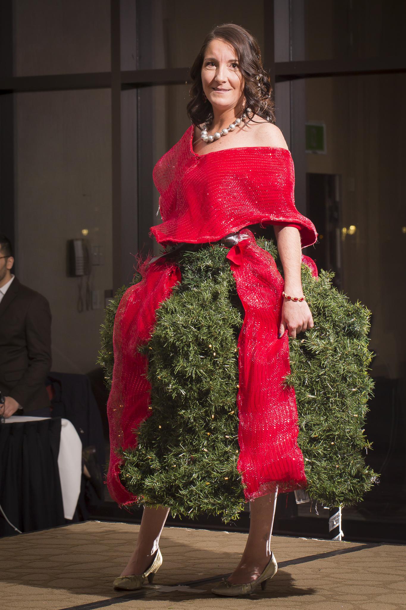 Christmas Tree Fashion Show 30