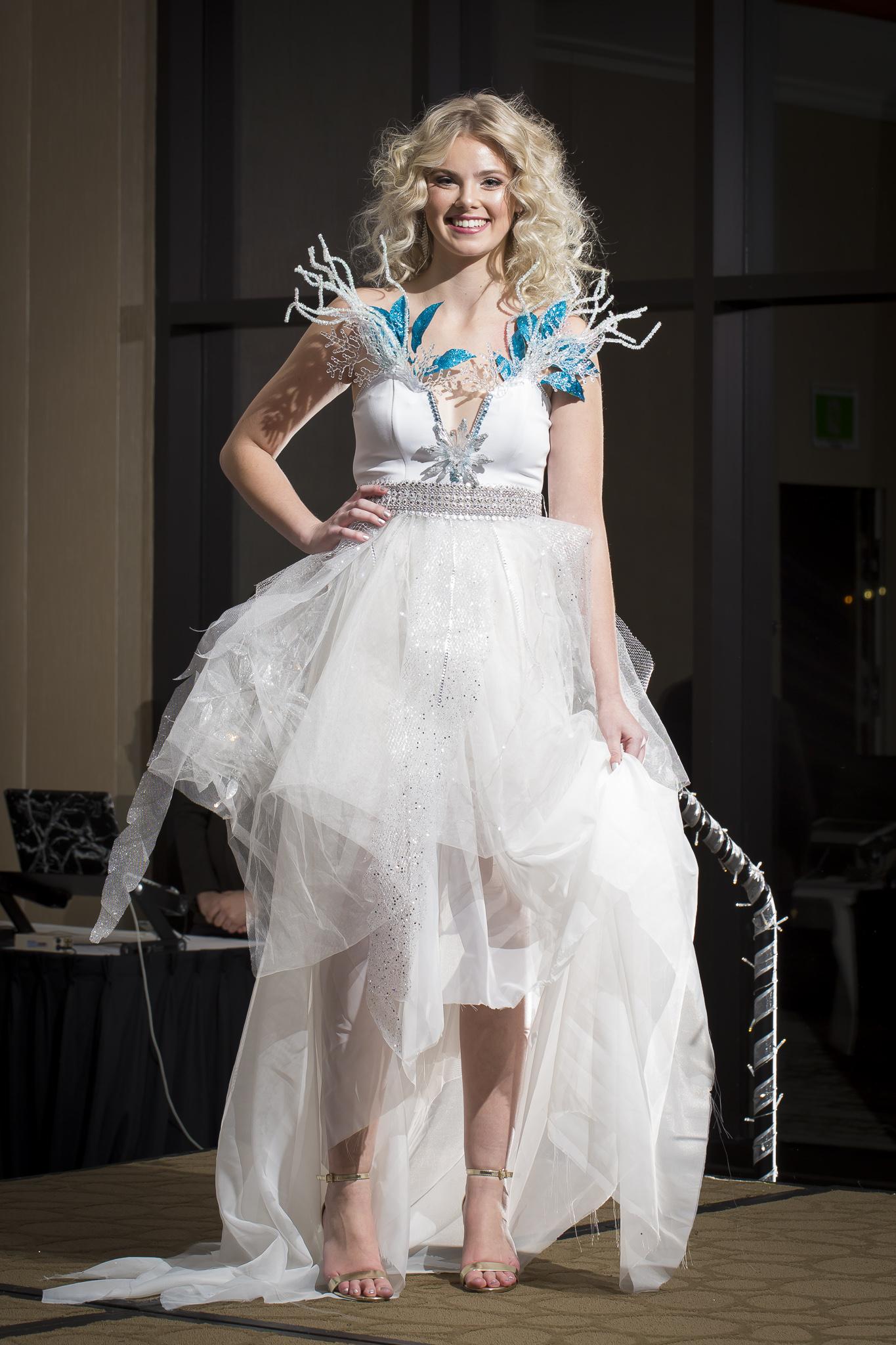 Christmas Tree Fashion Show 29