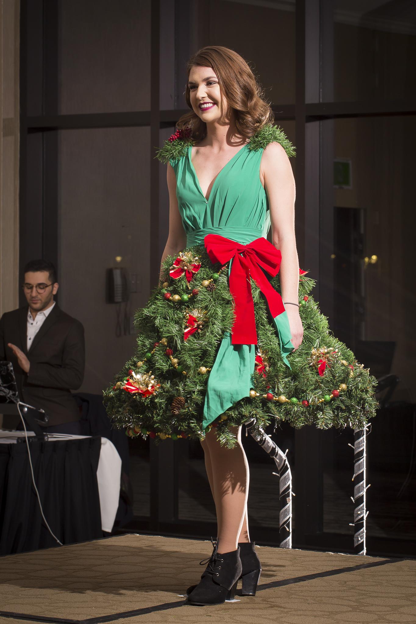 Christmas Tree Fashion Show 28