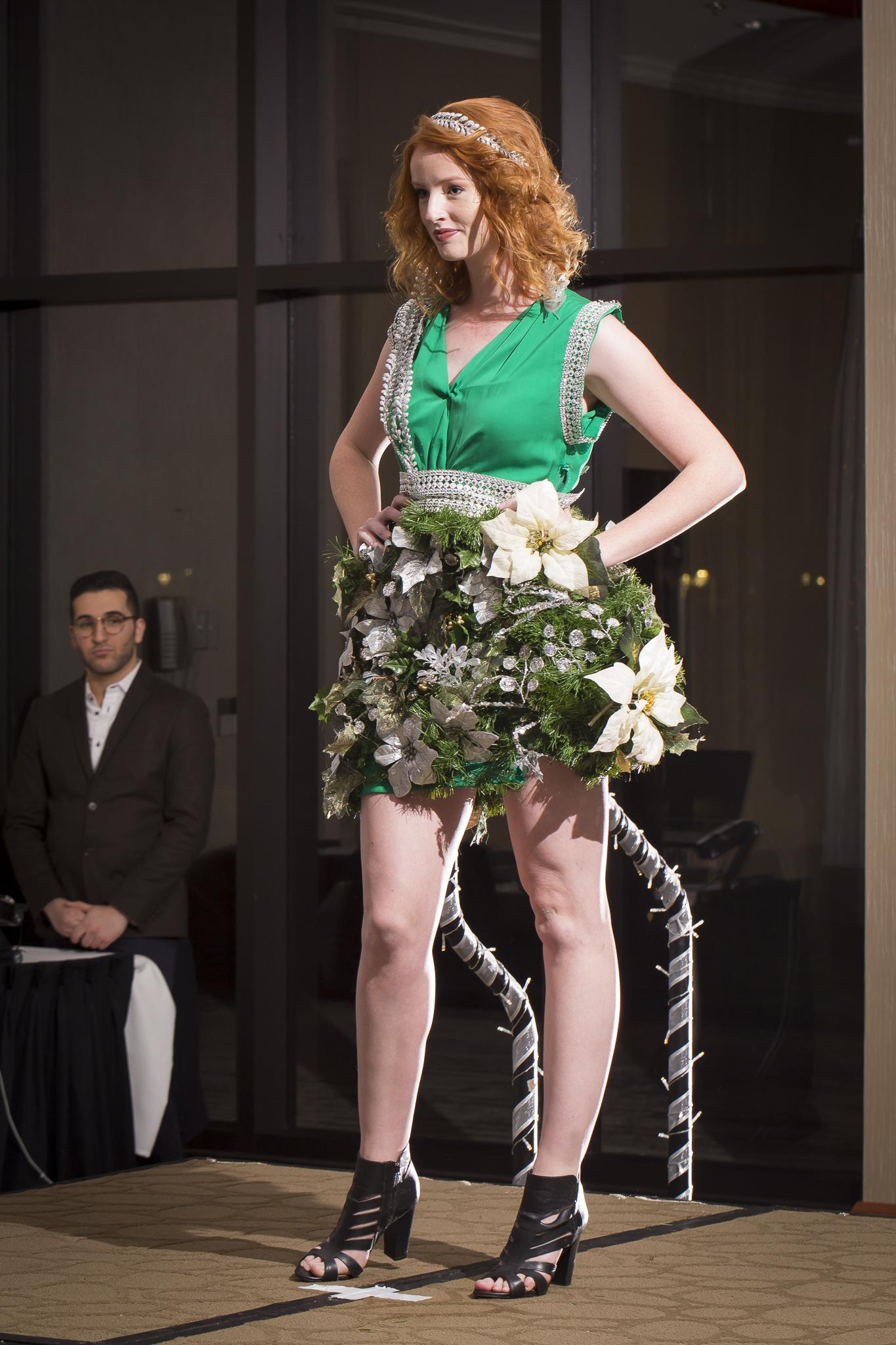 Christmas Tree Fashion Show 27