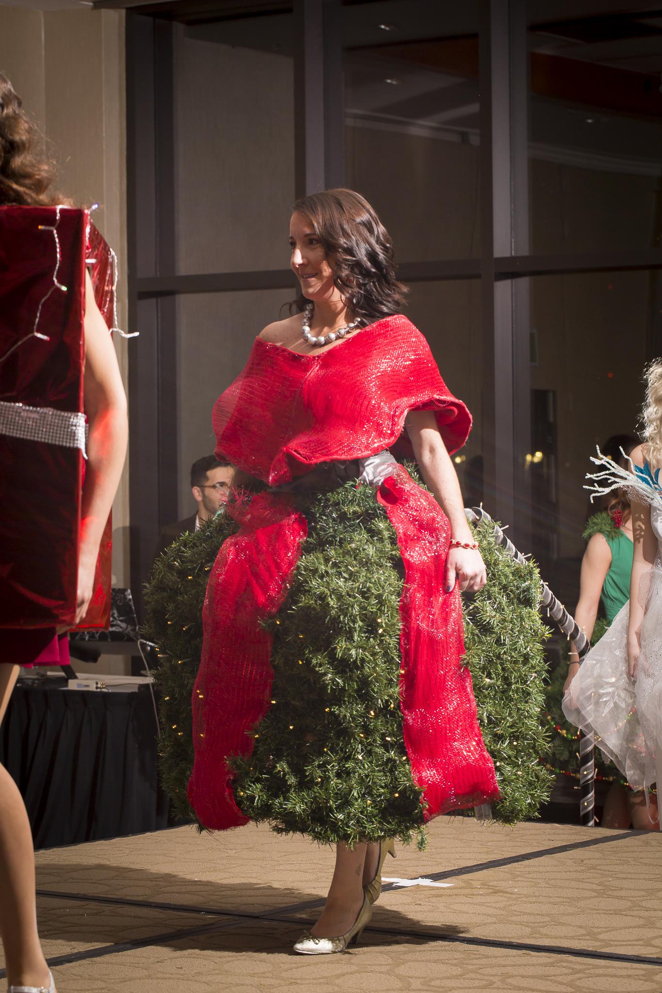 Christmas Tree Fashion Show 21