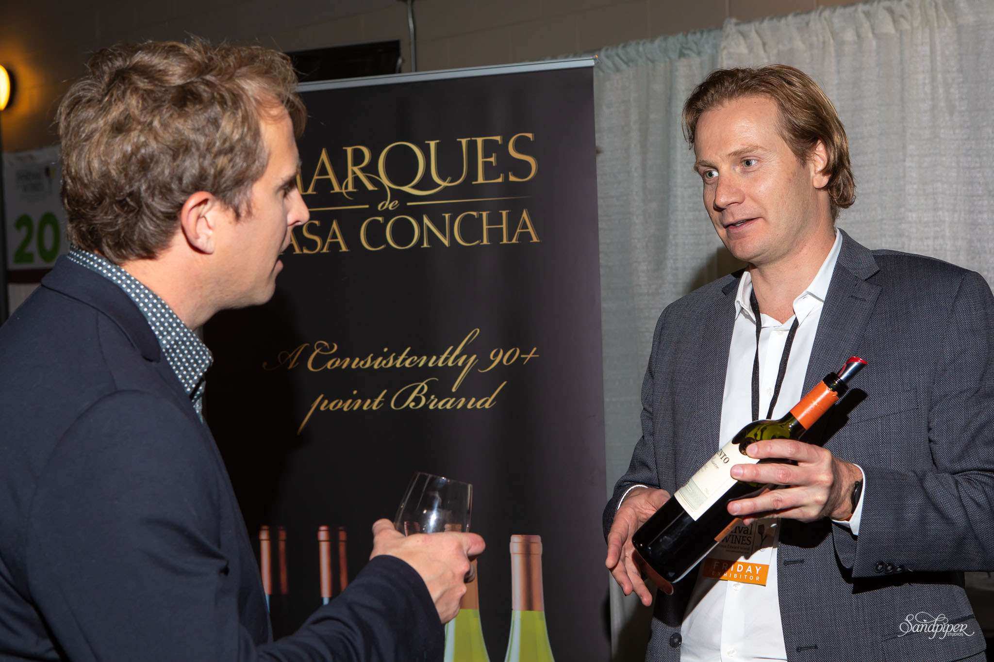 Showing Wine at the Festival of Wines 2018