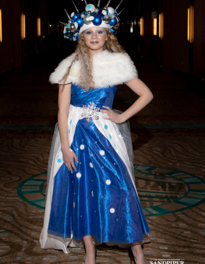 Christmas Tree Dress Fashion Show 4
